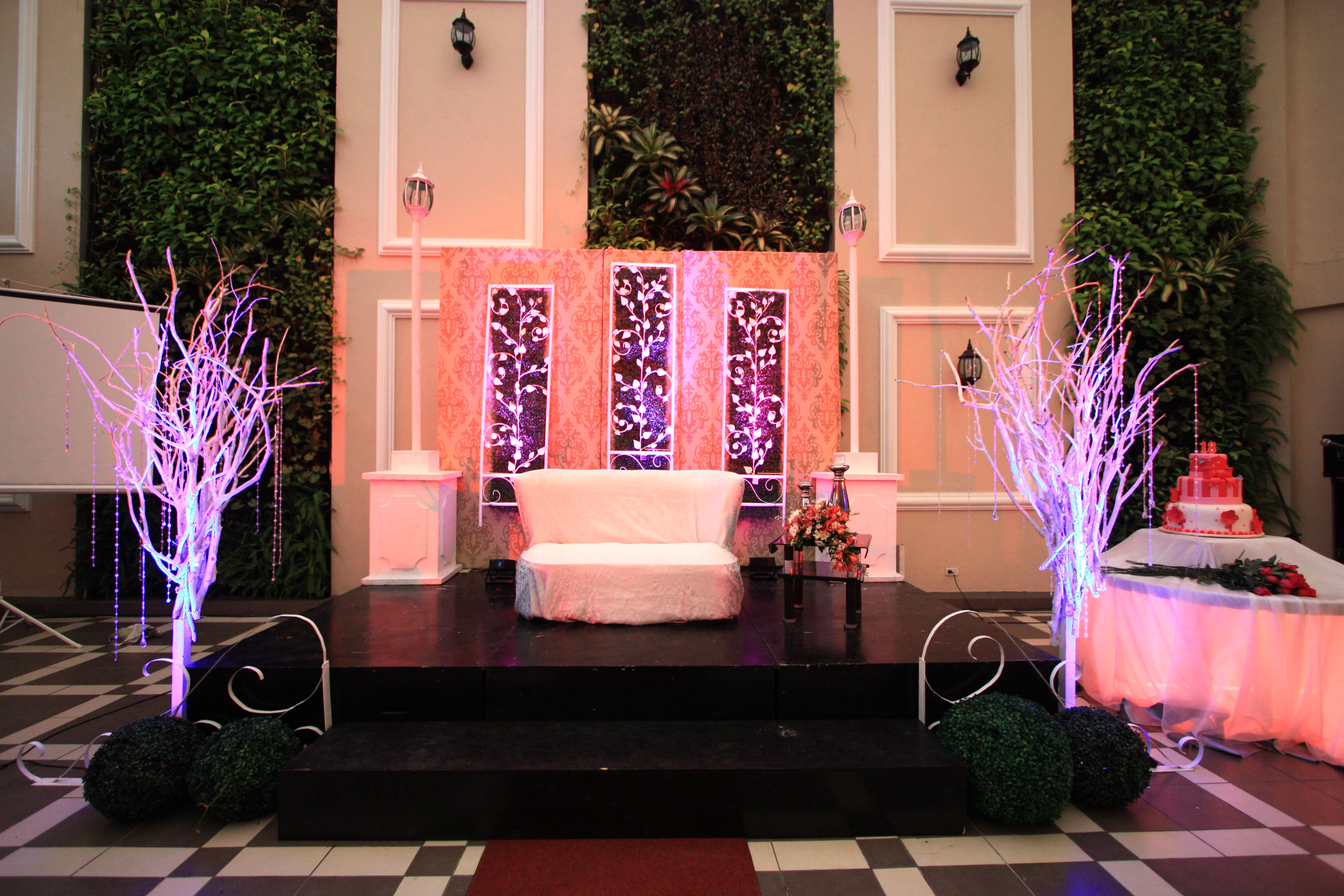 ashley s debut hanging gardens events venue